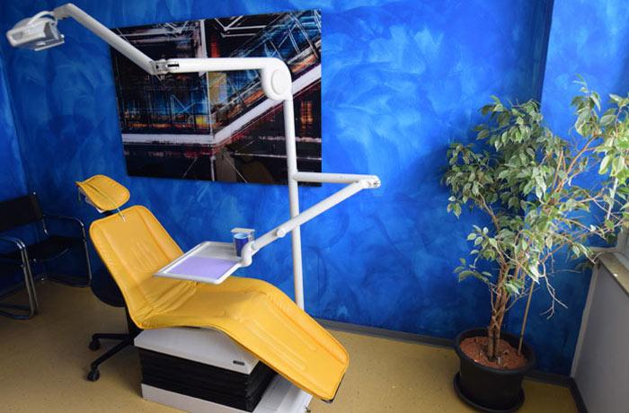Behandlungsraum der kieferorthopädischen Praxis Paulus in Köln